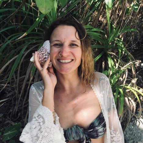 Lola Angual Aqua Yoga Ardeche 07.jpeg