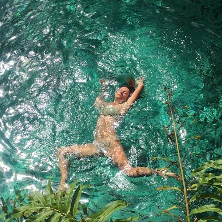 Aqua Yoga Ardechce.JPG