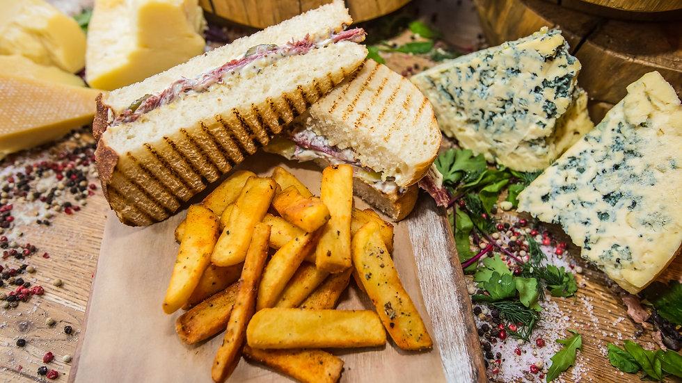 Рубен сэндвич с пастрами