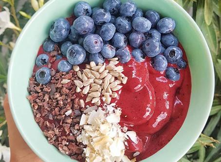 Chocolate-Berry Smoothie Bowl / Csokis Erdei Gyümölcs Smoothie