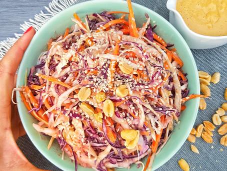 Cabbage Salad with Spicy Peanut Dressing / Káposztasaláta Földimogyoró Öntettel