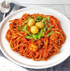 Spagetti sült paprikaszósszal