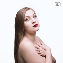 Model: Shana