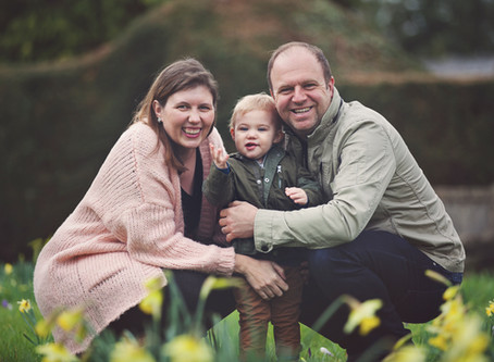 Family photo session in Coombe Wood