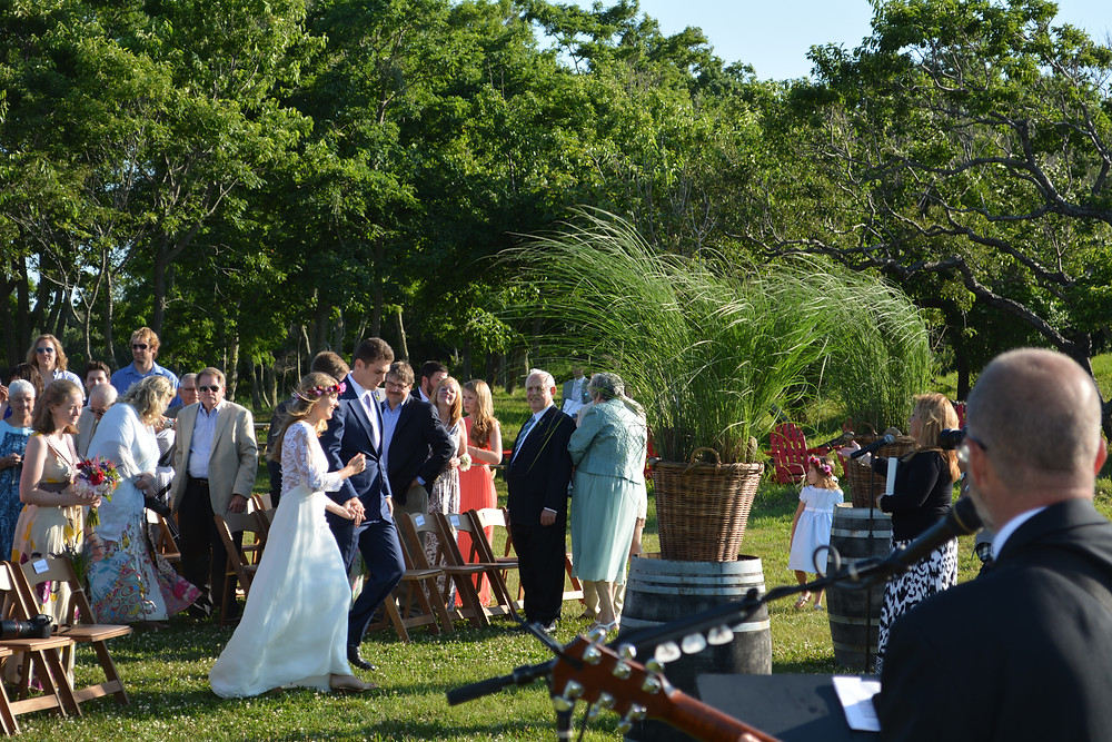 East End Entertainment Jonny Ray acoustic guitar Kontokosha Winery Wedding.JPG