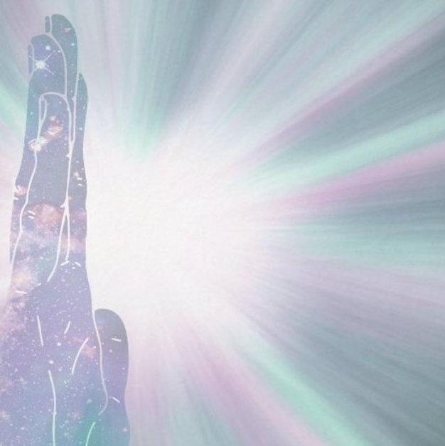 reiki_hand_energy_healing_rays_light_wor