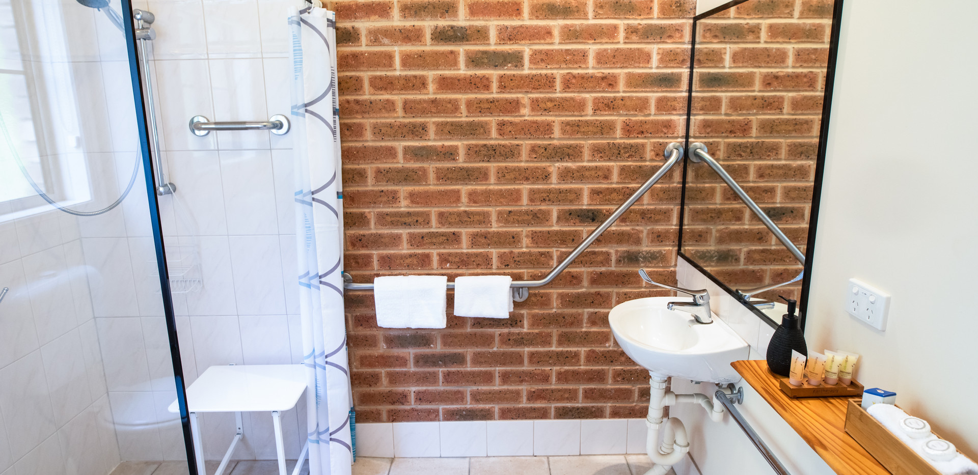 Ensuite with modifications