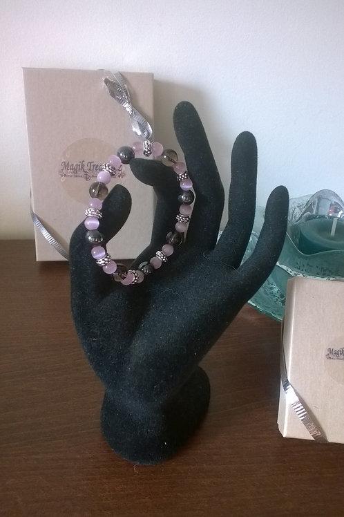 7 in stretch Magnetic Hematite & Quartz bracelet