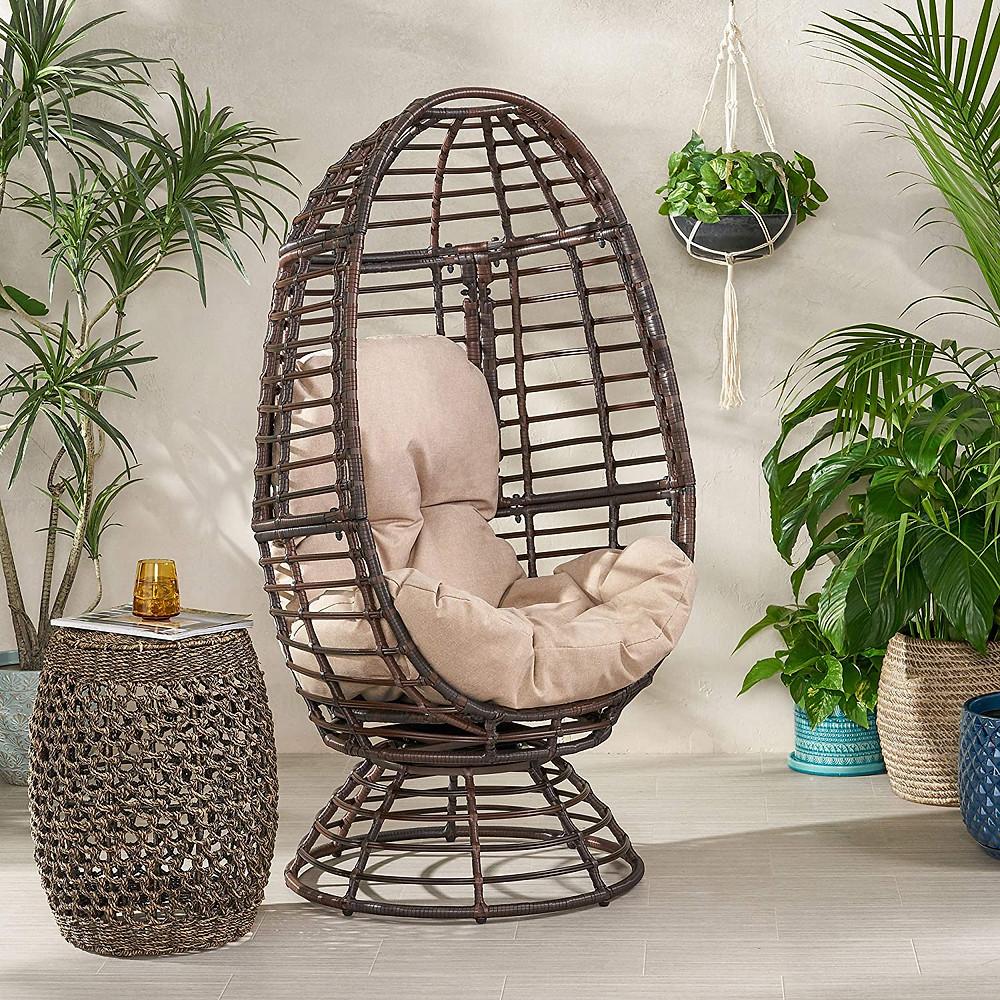 ratan chair, tropical room, island decoration