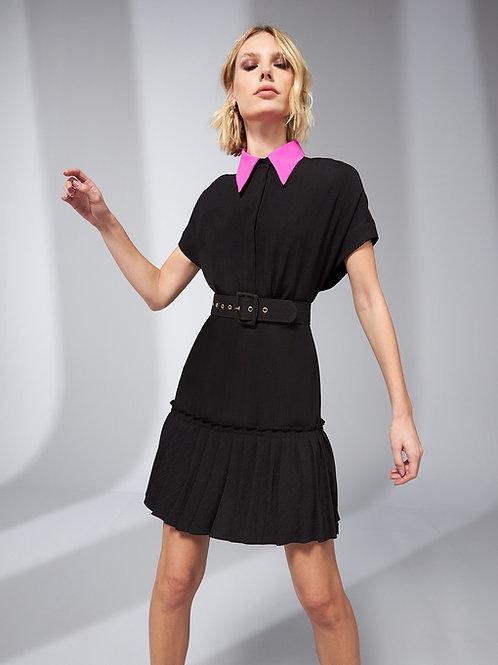 Vestido curto gola polo preto e rosa Skazi Sclub