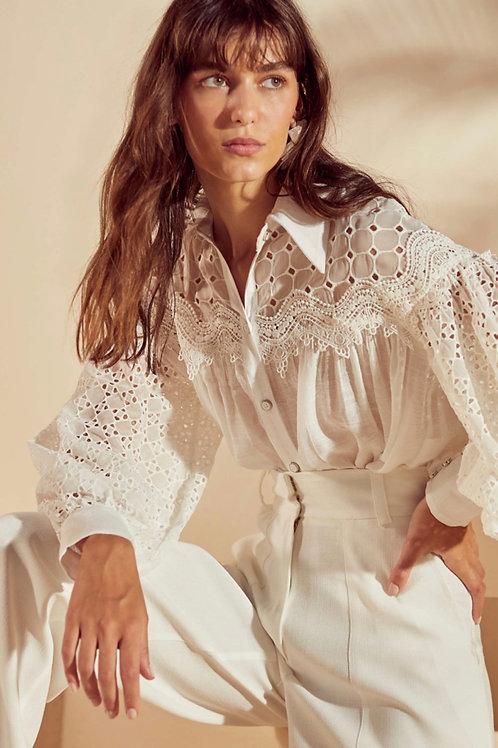 Conjunto camisa rendas e pantalona off white Skazi