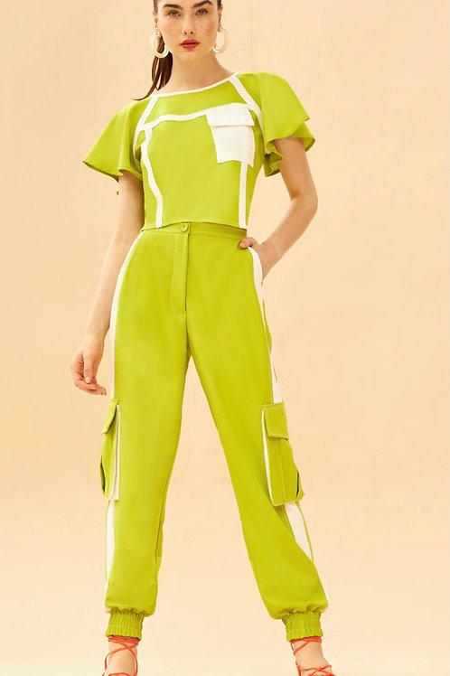 Conjunto de calça alfaiataria jogger blusa bicolor verde lima off Skazi Sclub
