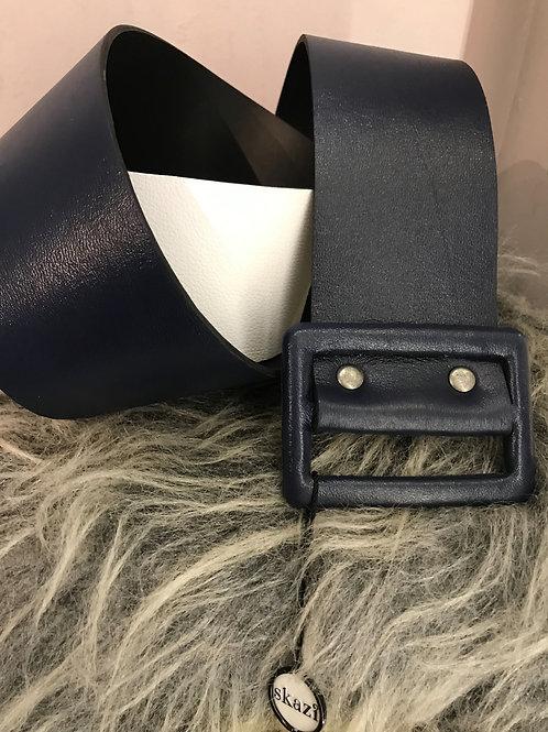 Cinto Skazi em couro bicolor marinho e branco