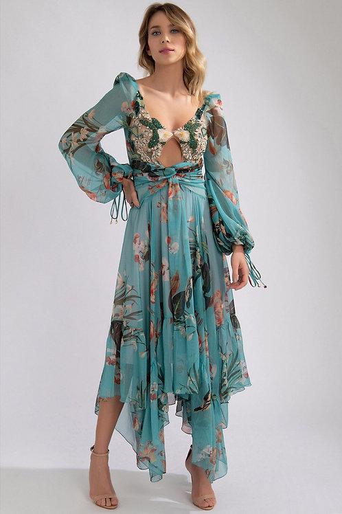 Vestido recortes Carolina Lily azul com bordados PatBo