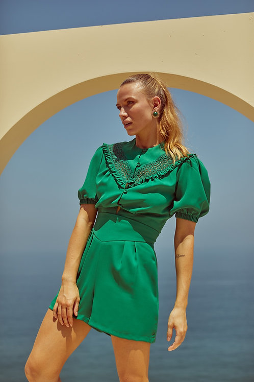 Conjunto de short alfaiataria e blusa verde Skazi Sclub