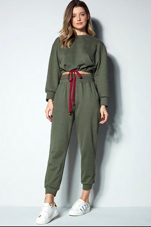 Conjunto blusa e calça moletom verde militar Skazi