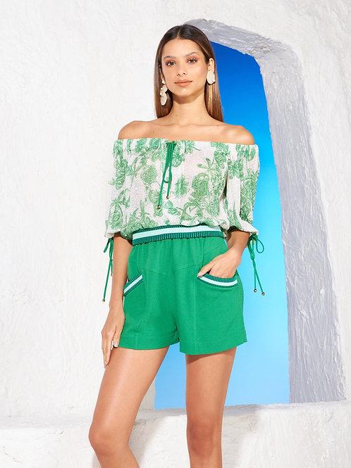 Conjunto blusa e short estampa Skazi