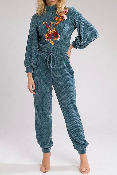 Blusa textura manga longa bordada azul - PatBo