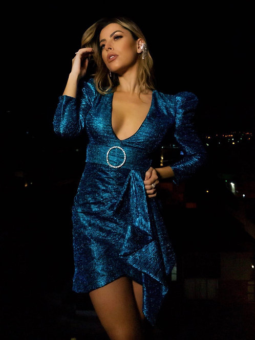 Vestido curto ombreiras metalizado azul PatBo