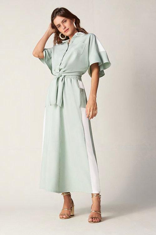 Conjunto de saia midi e camisa verde agua e off white Skazi Sclub