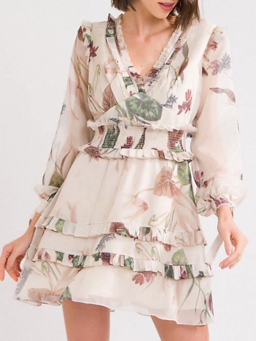 Vestido curto Sophia plisse babados PatBo