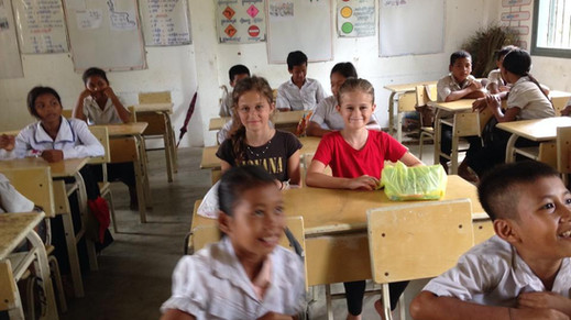 WORLD SCHOOLING:  5 tips for educating your child(ren) while you travel