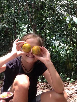 Family travel: fruit break, Sumatra