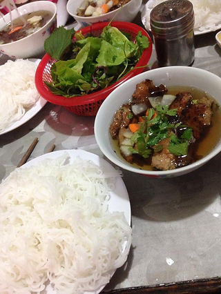Family travel: lunch, Hanoi, Vietnam