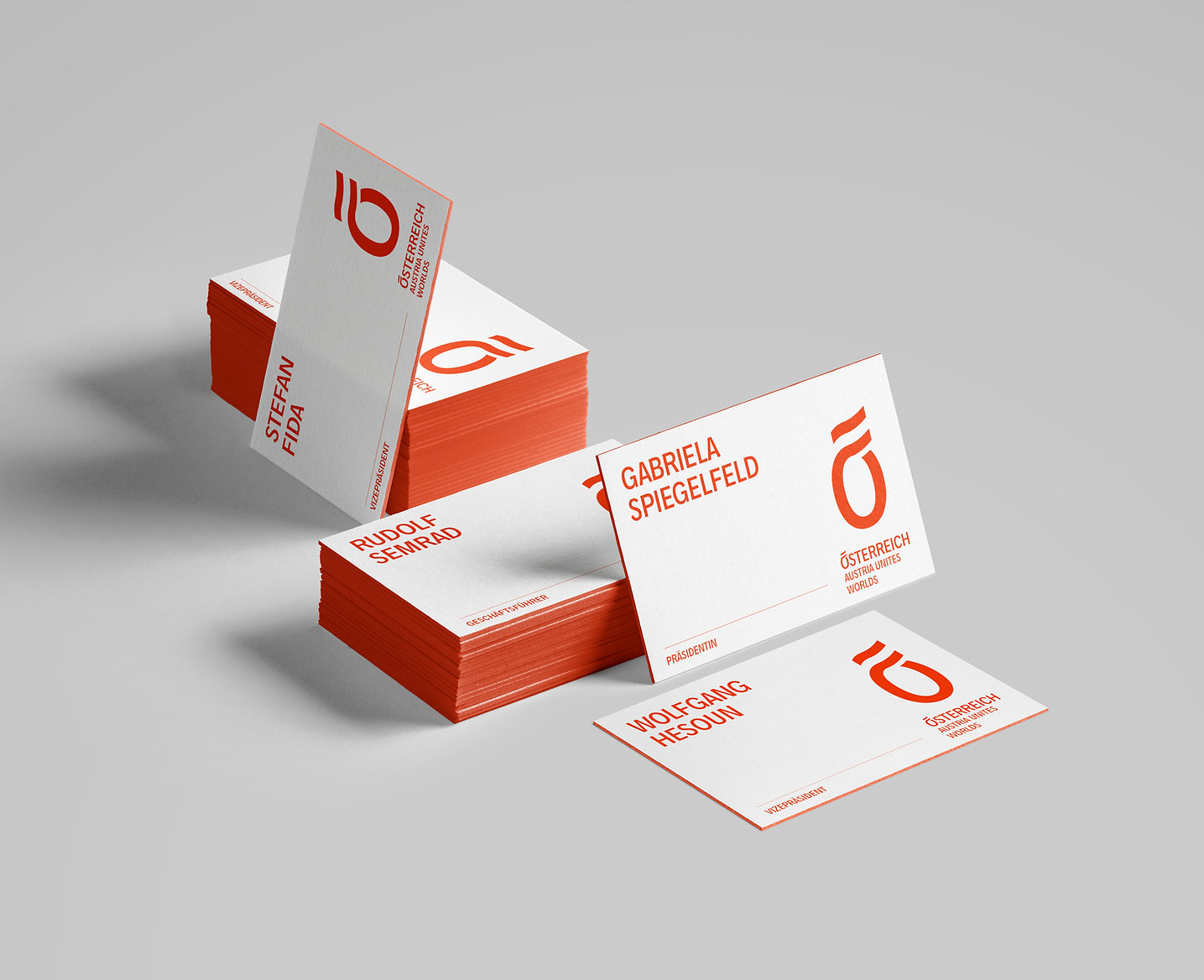 Oesterreich_Business_Cards_Mockups_ohne_