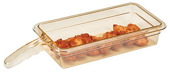 Cambro pan with food.