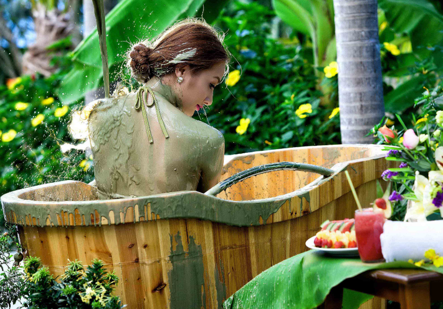SY mud- tropical private bath.png