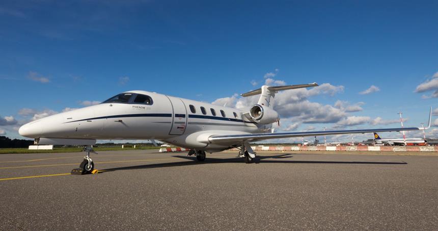 Embraer_Phenom_300_4-1.jpg