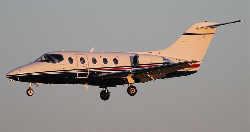 Hawker_400XP-1.jpg