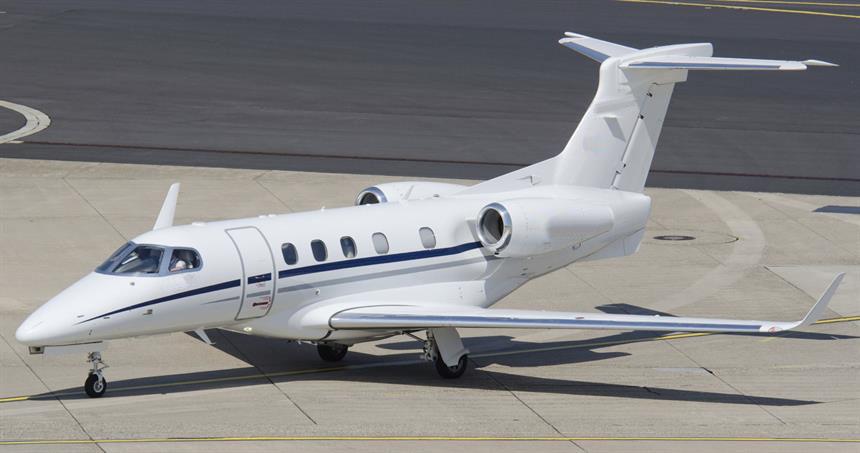Embraer_Phenom_300_3-1.jpg