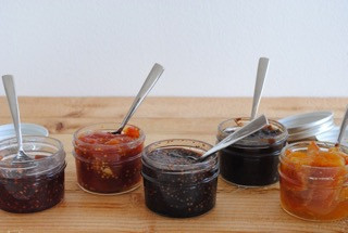 3 Ways to Eat Onion Relish