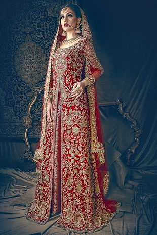 bridal gown maroon pakistani