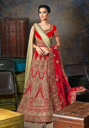 red bridal lehenga traditional pakistani indian
