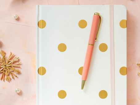 10 Journal Prompts for Emotional Eating