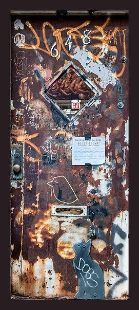 Door-of-Ellis-Island.jpg