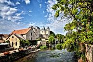 Verteuil-sur-Charente-Charente-shutterst