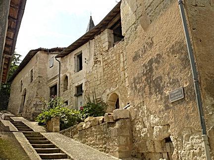 aubeterre-sur-dronne_171994.jpg