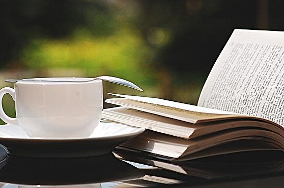 book-2388213_1920.jpg