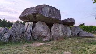 Dolmen de la Pierre Folle, Montguyon