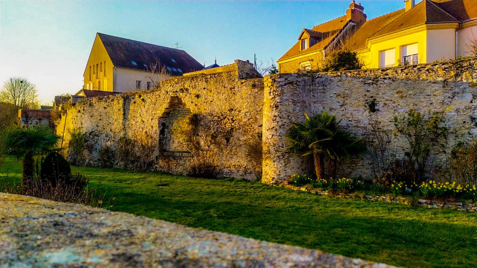 Remparts d'Épernon (Eure & Loir)