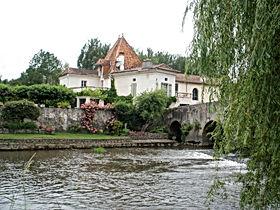 Moulinstaulaye.jpg