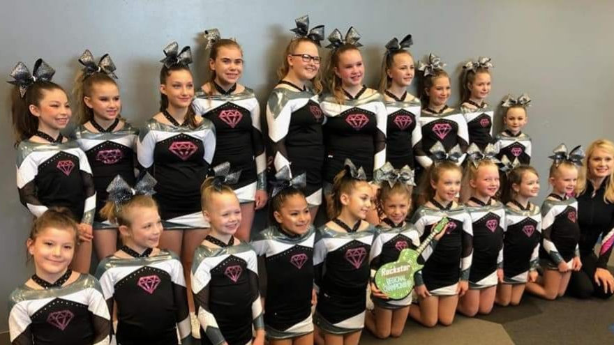 PARAGON COMPETITION LEVEL 1 (Age 14 and under) - MONDAY'S 5:30-6:30