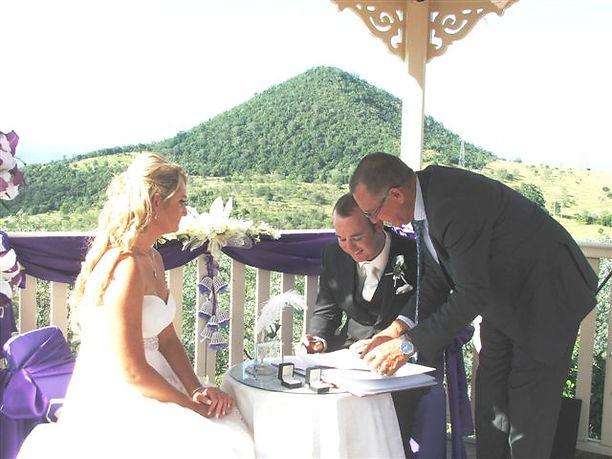 Toowoomba Marriage Celebrant