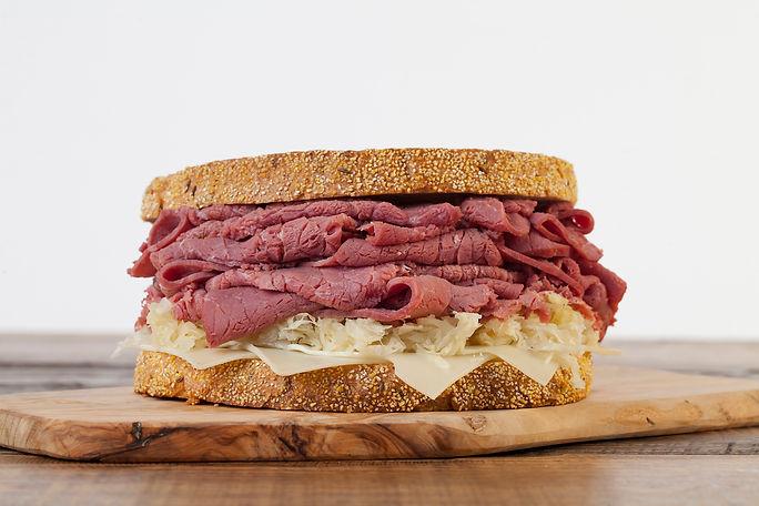 Corned-Beef-3_Sandwich-lr.jpg