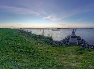 Pier + Horizon