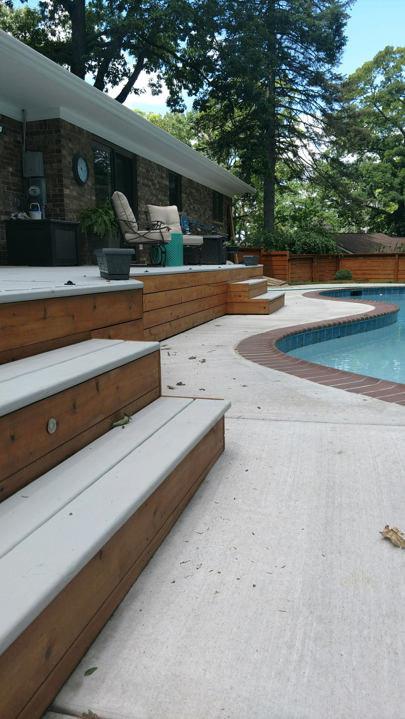 Early Sping Custom 2 Tone New Deck Stain
